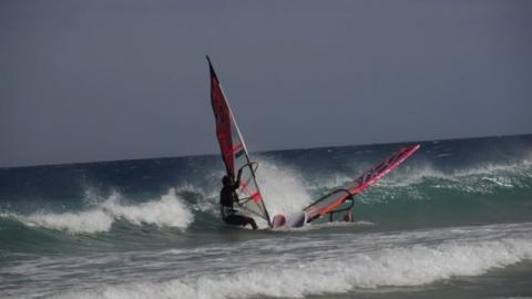 Äntligen lite attityd i vindsurfing igen