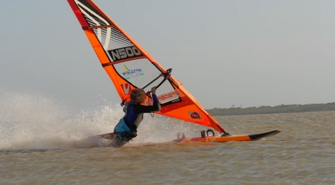 Kämpego vindsurfing