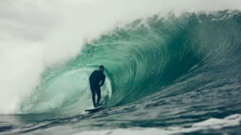 Bästa surfrullen på länge